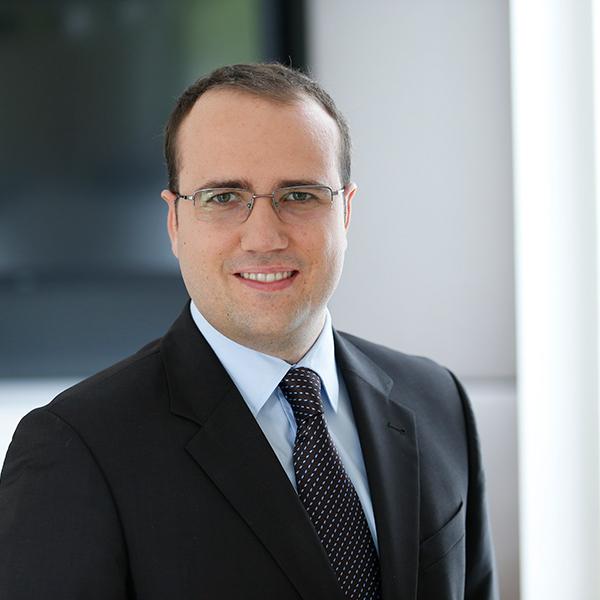 DR. TOBIAS MOSER